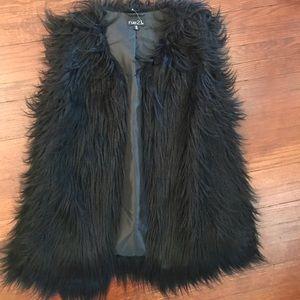 Rue 21 Black faux fur vest